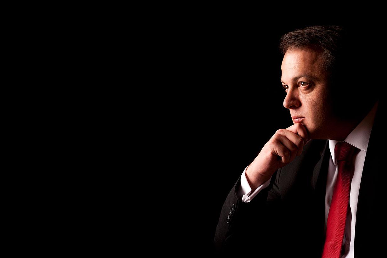 Fotografija Tihomira Trišića političkog novinara